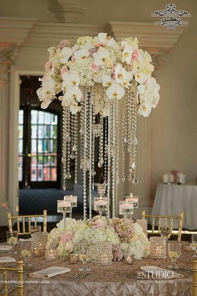 40 مدل گل آرایی و میز آرایی میز مهمانان عروسی تشریفات عروسی